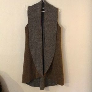 Moth (Anthro) Sleeveless Cardigan